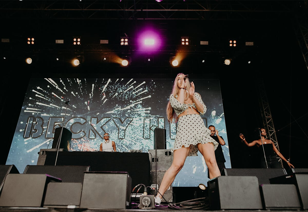 becky hill sings sundown 2019